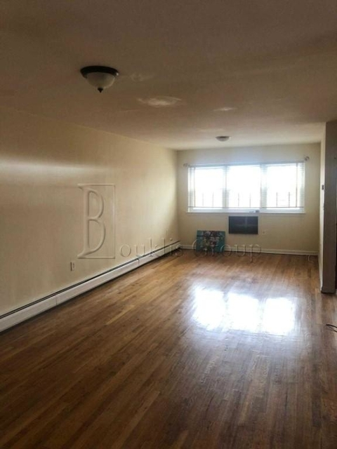 3 Bedrooms, Throgs Neck Rental in NYC for $2,200 - Photo 1