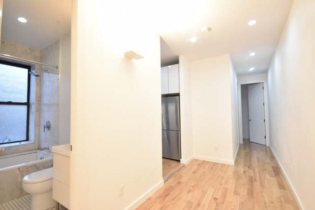 2 Bedrooms, Sunset Park Rental in NYC for $1,970 - Photo 2