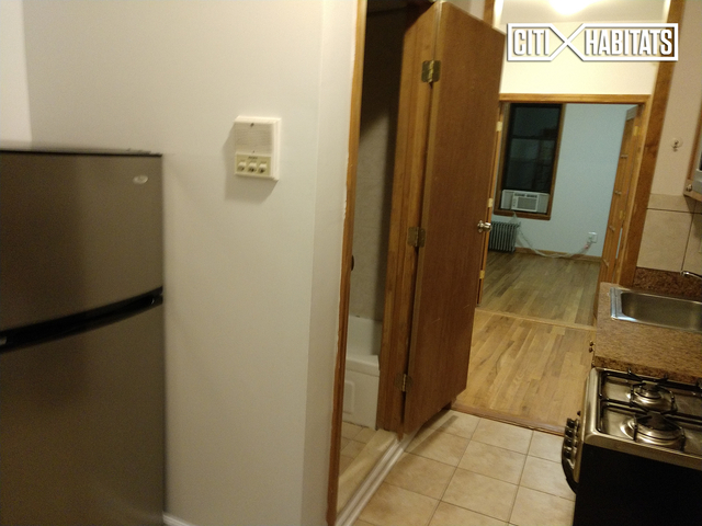 1 Bedroom, West Village Rental in NYC for $2,560 - Photo 2