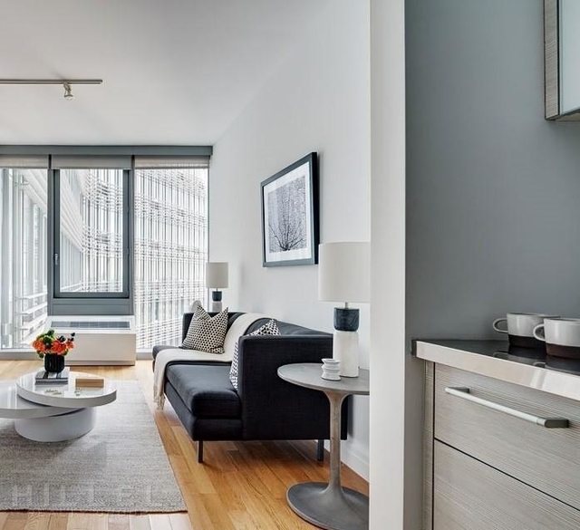 Studio, Hell's Kitchen Rental in NYC for $2,969 - Photo 1