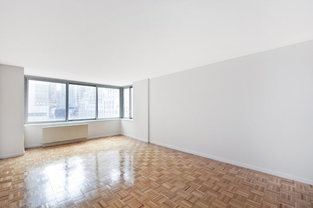 Studio, Theater District Rental in NYC for $2,950 - Photo 1