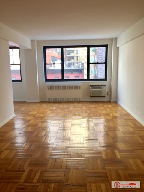 Studio, Gramercy Park Rental in NYC for $2,350 - Photo 2