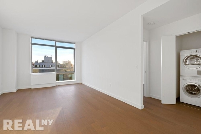 1 Bedroom, Williamsburg Rental in NYC for $2,983 - Photo 2