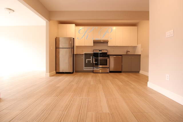 3 Bedrooms, Brownsville Rental in NYC for $2,495 - Photo 2