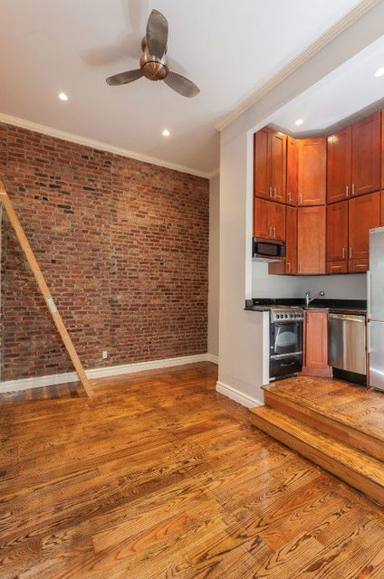 3 Bedrooms, West Village Rental in NYC for $7,124 - Photo 2