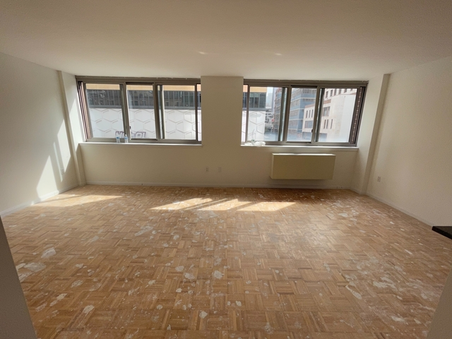 Studio, Hell's Kitchen Rental in NYC for $2,953 - Photo 1