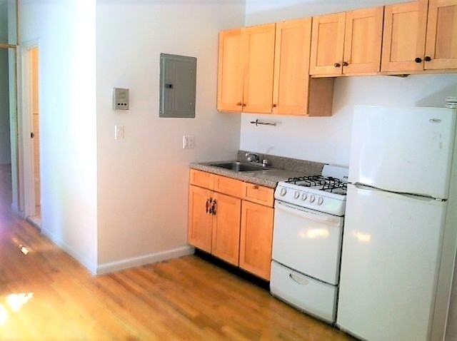 2 Bedrooms, Greenwich Village Rental in NYC for $3,300 - Photo 1
