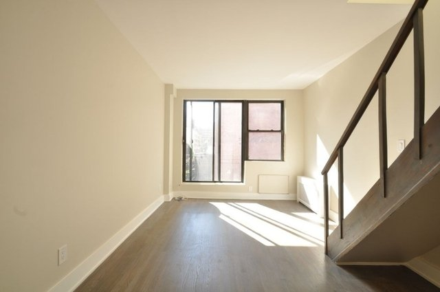 1 Bedroom, Civic Center Rental in NYC for $3,295 - Photo 2