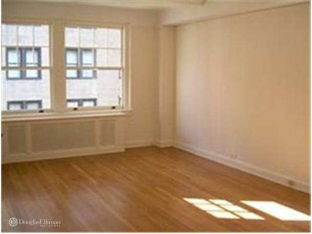Studio, Lenox Hill Rental in NYC for $3,200 - Photo 1