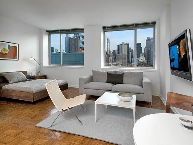 Studio, Hell's Kitchen Rental in NYC for $2,692 - Photo 1