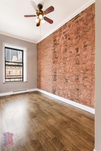 4 Bedrooms, Hell's Kitchen Rental in NYC for $6,457 - Photo 2