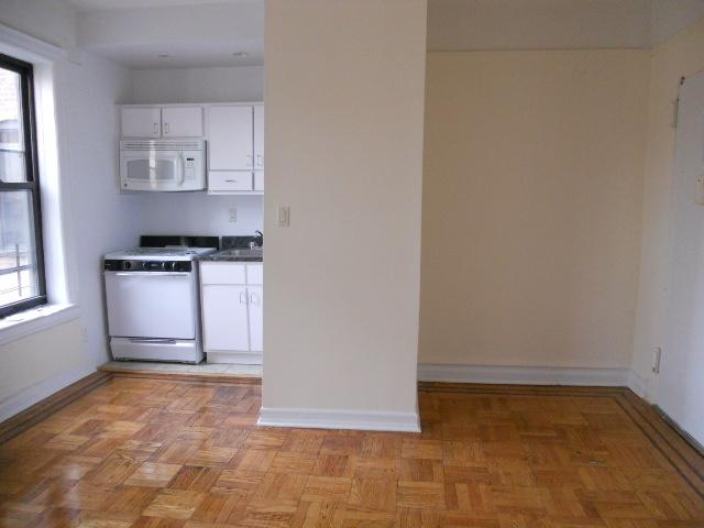 Studio, Borough Park Rental in NYC for $1,600 - Photo 2