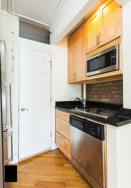 1 Bedroom, East Village Rental in NYC for $2,925 - Photo 2