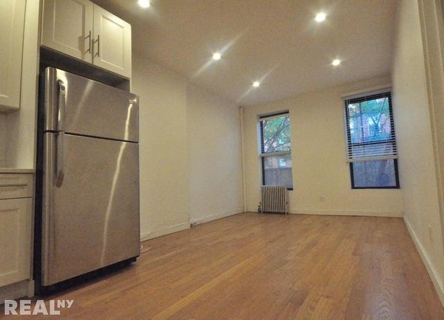3 Bedrooms, Carroll Gardens Rental in NYC for $3,822 - Photo 2