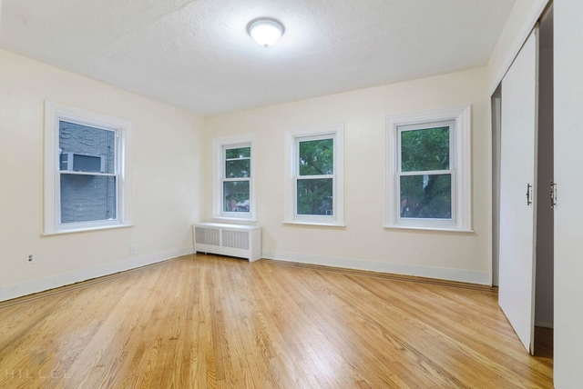 3 Bedrooms, Rego Park Rental in NYC for $3,095 - Photo 2