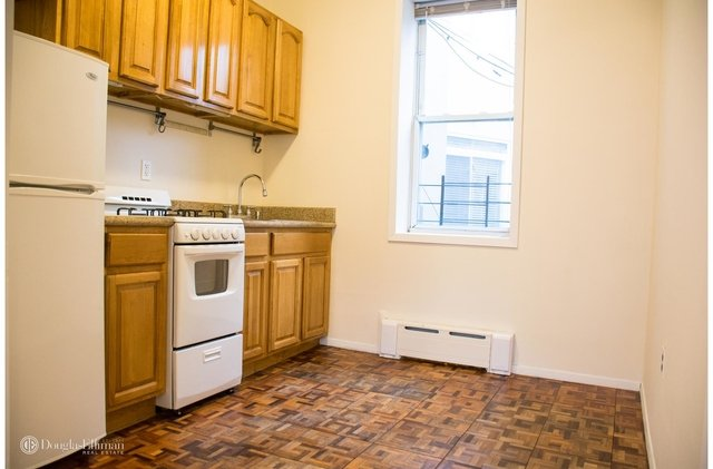2 Bedrooms, Williamsburg Rental in NYC for $2,595 - Photo 1