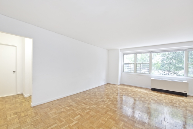 2 Bedrooms, Yorkville Rental in NYC for $3,482 - Photo 1
