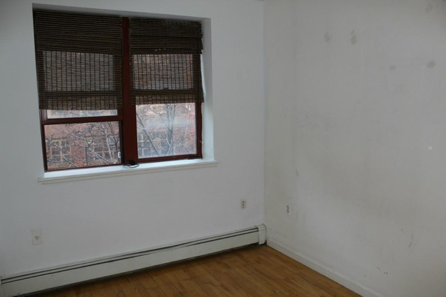3 Bedrooms, Alphabet City Rental in NYC for $5,220 - Photo 2