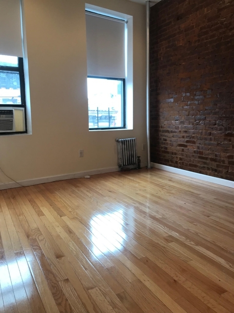 2 Bedrooms, Little Italy Rental in NYC for $3,199 - Photo 2