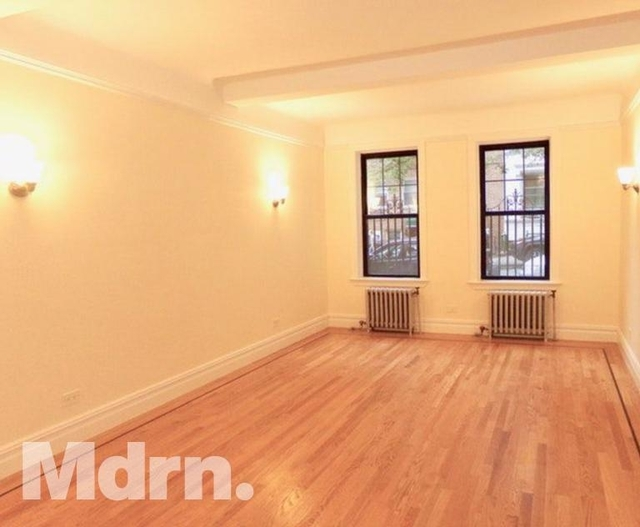 2 Bedrooms, Carnegie Hill Rental in NYC for $5,400 - Photo 2