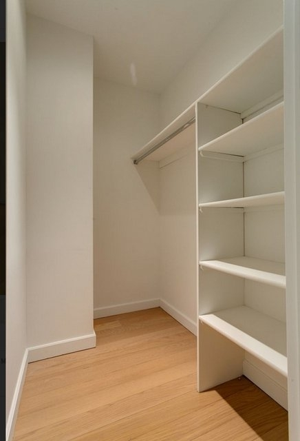 Loft, Financial District Rental in NYC for $3,150 - Photo 2