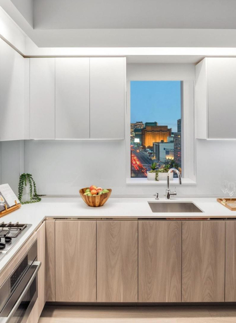 1 Bedroom, Hell's Kitchen Rental in NYC for $4,399 - Photo 1