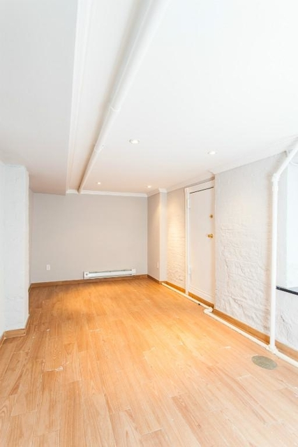 3 Bedrooms, West Village Rental in NYC for $4,950 - Photo 1