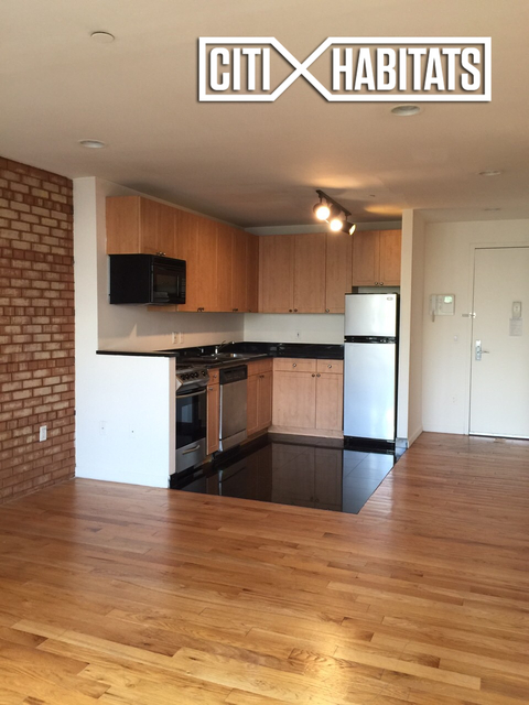2 Bedrooms, Alphabet City Rental in NYC for $5,095 - Photo 2