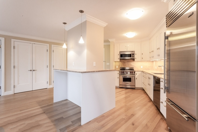 1 Bedroom, Lincoln Square Rental in NYC for $6,130 - Photo 2