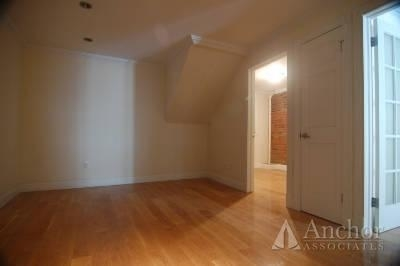 3 Bedrooms, Little Italy Rental in NYC for $4,700 - Photo 2