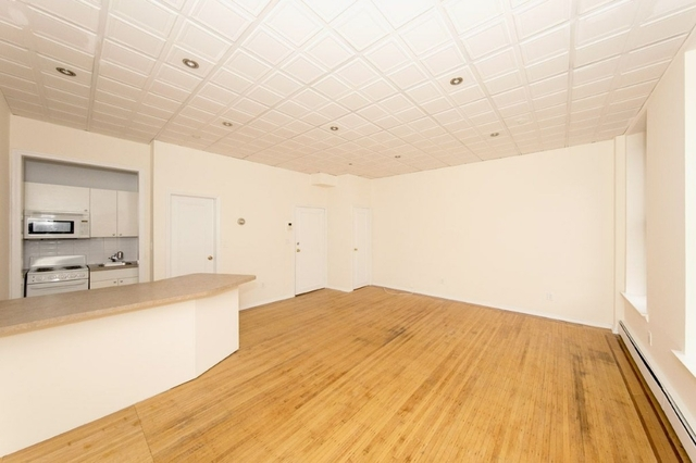 Studio, Lenox Hill Rental in NYC for $2,016 - Photo 2