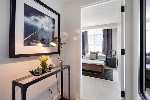 2 Bedrooms, Hunters Point Rental in NYC for $4,191 - Photo 2
