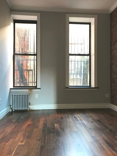 2 Bedrooms, Alphabet City Rental in NYC for $4,519 - Photo 2