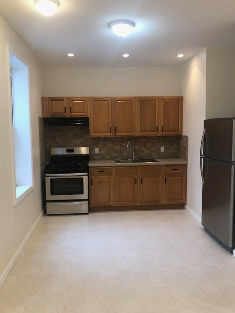 2 Bedrooms, Borough Park Rental in NYC for $1,825 - Photo 1