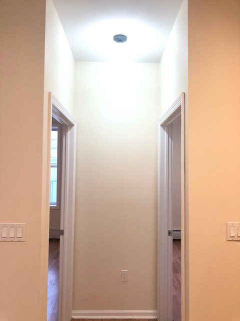 2 Bedrooms, Borough Park Rental in NYC for $1,825 - Photo 2
