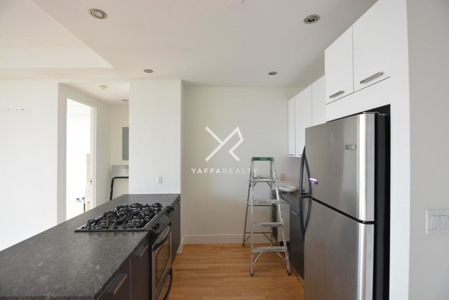 2 Bedrooms, Williamsburg Rental in NYC for $4,499 - Photo 2