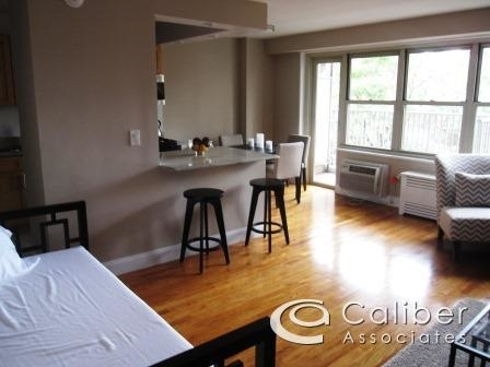 2 Bedrooms, Upper West Side Rental in NYC for $3,700 - Photo 1