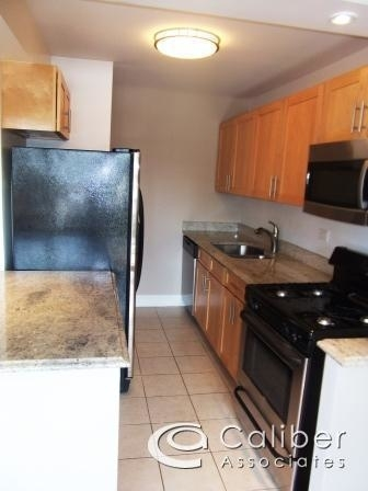 2 Bedrooms, Upper West Side Rental in NYC for $3,590 - Photo 2