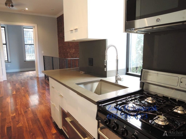 3 Bedrooms, Alphabet City Rental in NYC for $4,470 - Photo 1