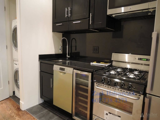 2 Bedrooms, East Village Rental in NYC for $4,295 - Photo 2