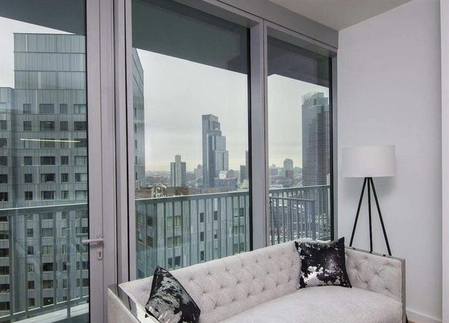 2 Bedrooms, Downtown Brooklyn Rental in NYC for $4,121 - Photo 2