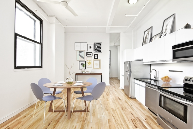 3 Bedrooms, Williamsburg Rental in NYC for $3,675 - Photo 2