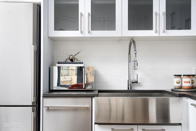 1 Bedroom, Astoria Rental in NYC for $2,788 - Photo 2