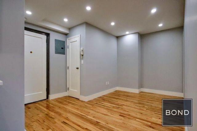 2 Bedrooms, Greenwich Village Rental in NYC for $5,100 - Photo 2