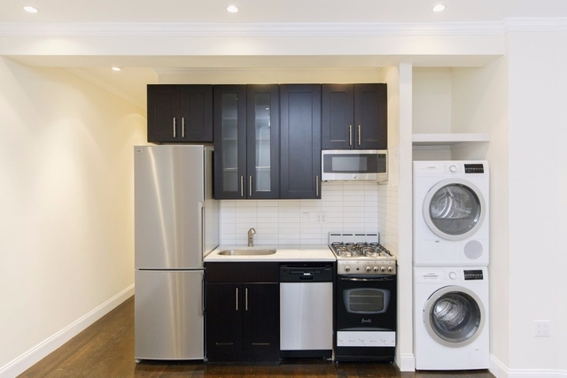 3 Bedrooms, Greenpoint Rental in NYC for $4,600 - Photo 1