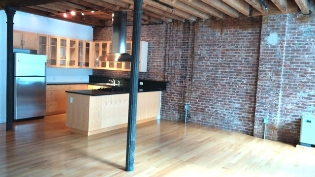 2 Bedrooms, Financial District Rental in NYC for $6,595 - Photo 1