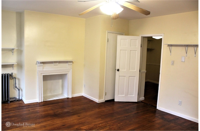 1 Bedroom, Red Hook Rental in NYC for $2,700 - Photo 1