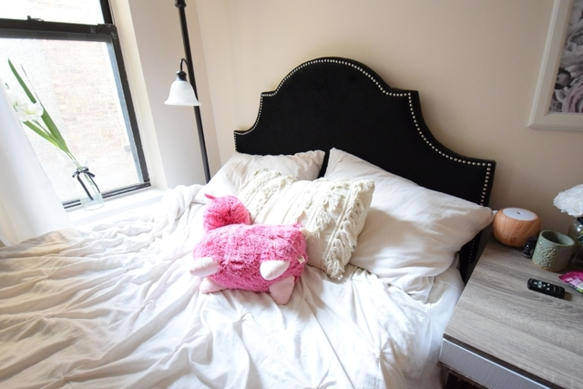 2 Bedrooms, East Village Rental in NYC for $2,795 - Photo 2