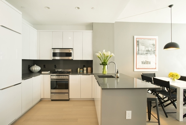 Studio, Financial District Rental in NYC for $3,410 - Photo 2