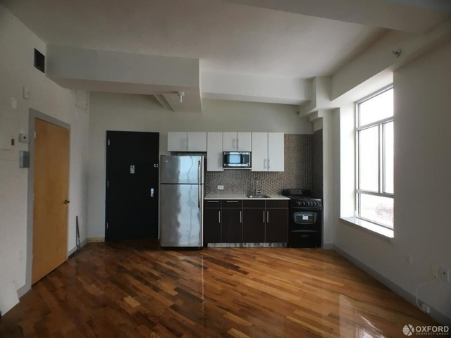 2 Bedrooms, Long Island City Rental in NYC for $2,775 - Photo 1